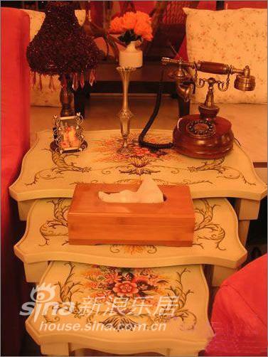 简约 一居 客厅图片来自用户2739378857在53平米花园般爱的小屋—瑞博文蜻蜓推荐51的分享