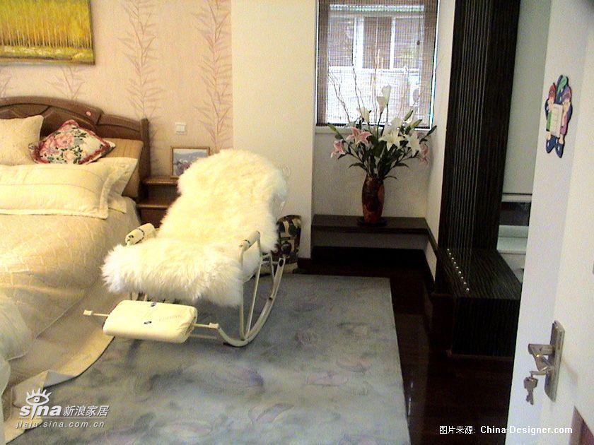 简约 别墅 卧室图片来自用户2737782783在别墅80的分享
