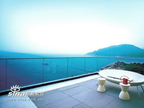 简约 别墅 阳台图片来自用户2738820801在靠山面海的家居45的分享