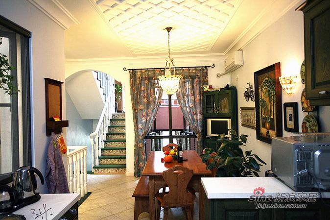 田园 二居 客厅图片来自用户2737791853在小资70平田园纯美二居88的分享