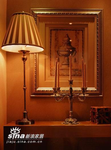 欧式 二居 卧室图片来自用户2745758987在100平复古爱居59的分享