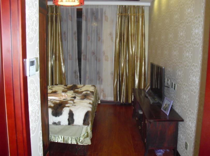 中式 三居 卧室图片来自用户1907659705在中式空间10的分享