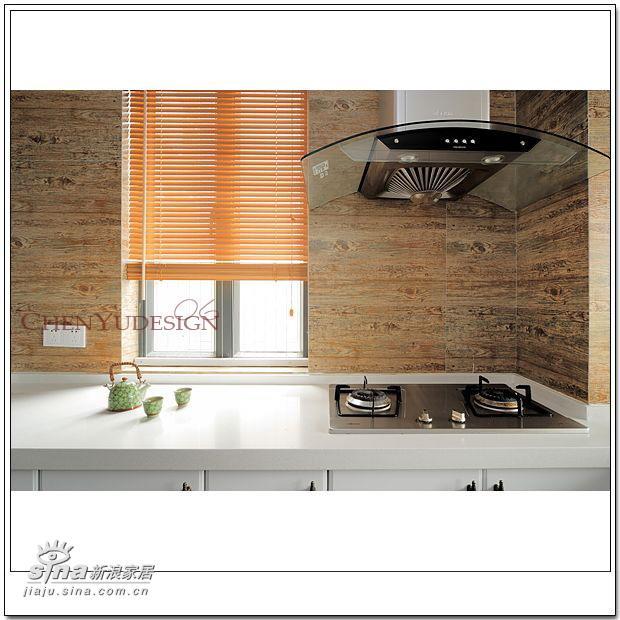 简约 四居 厨房图片来自用户2739153147在2006设计跟踪--深蓝浅蓝59的分享