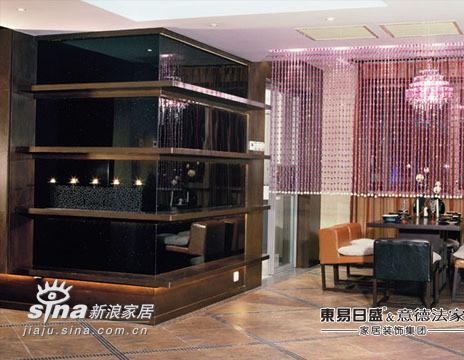简约 四居 客厅图片来自用户2738845145在单身男50万打造幻想家94的分享