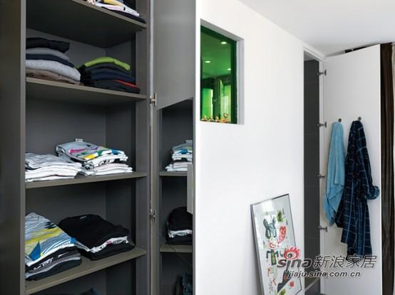 简约 二居 客厅图片来自用户2737950087在60平米的完美空间利用44的分享