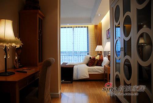 简约 一居 客厅图片来自用户2738813661在245平古典加州风情小洋楼40的分享