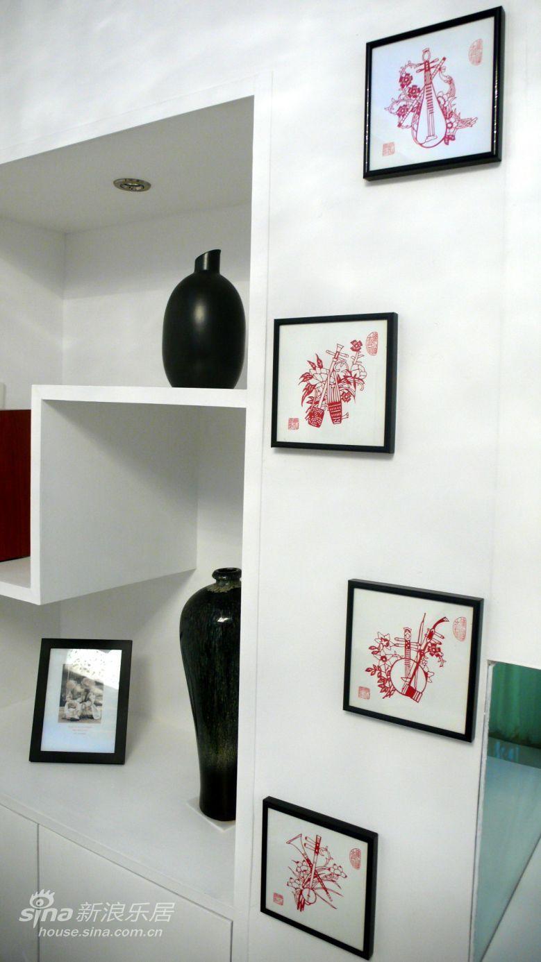 简约 二居 客厅图片来自用户2737786973在奥巴马都会喜欢的诗意舒适小家25的分享