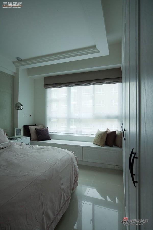 田园 四居 客厅图片来自幸福空间在轻述  英式古典乡村的优雅70的分享