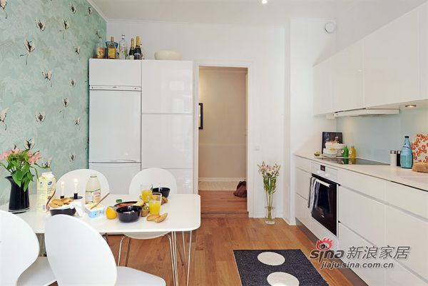 欧式 三居 客厅图片来自用户2772873991在斯堪的纳维亚风公寓26的分享