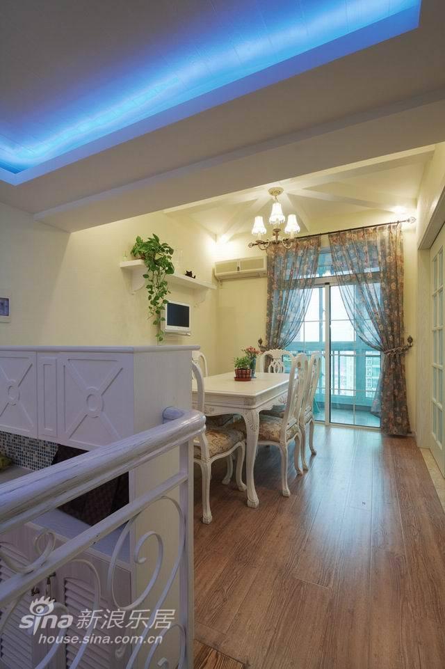 欧式 二居 客厅图片来自用户2772856065在银马苑69的分享