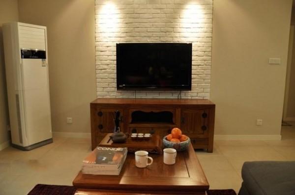 电视机和背景墙