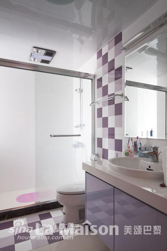 简约 二居 卫生间图片来自用户2738820801在美颂巴黎现代简约48的分享