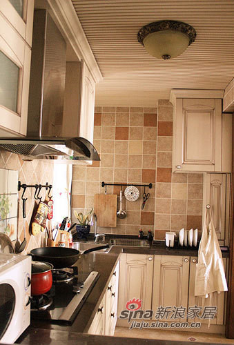 田园 三居 厨房图片来自用户2737946093在90平放大感觉混搭田园风格家81的分享