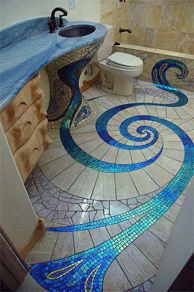 蓝旋瓷砖浴室