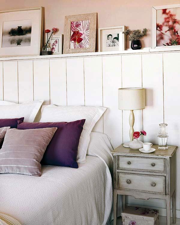 复古的床头和床头柜