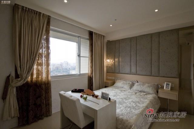 田园 四居 卧室图片来自幸福空间在花意蔓延新古典田园风公寓98的分享