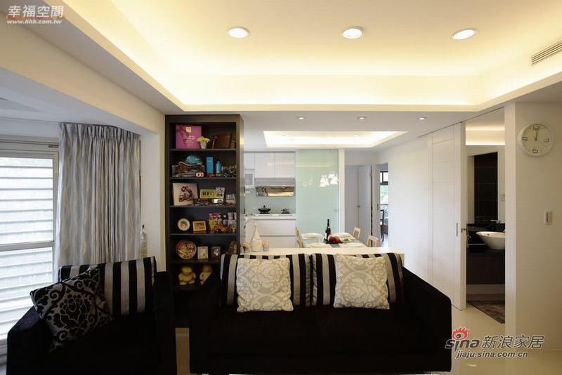 简约 二居 客厅图片来自幸福空间在品味生活95平简约家居26的分享