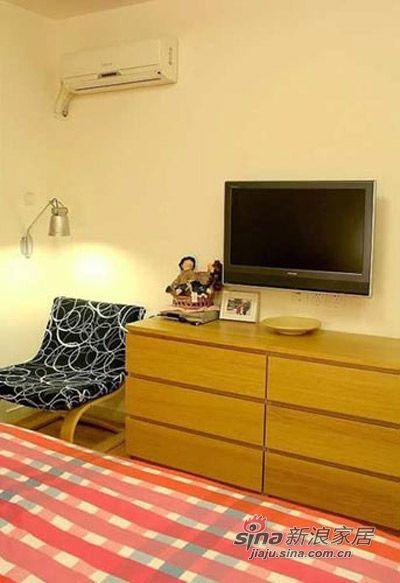 简约 二居 卧室图片来自用户2559456651在狮子男完美变身86平经济适用房14的分享