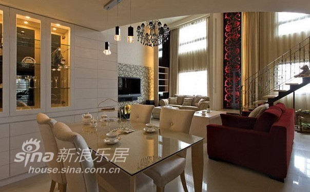 欧式 四居 客厅图片来自用户2746953981在聚通18的分享