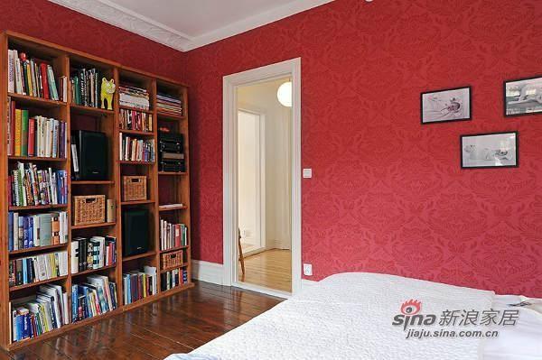 欧式 三居 书房图片来自用户2757317061在北欧风格公寓 优雅而精致27的分享