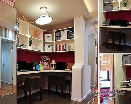 于过道的拐角处装出了一小书房,巧妙的利用犄角的空间