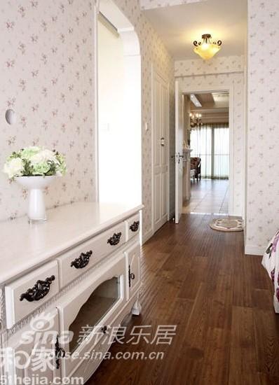 田园 三居 客厅图片来自用户2557006183在卧室超公主范 打造美式田园粉嫩家11的分享