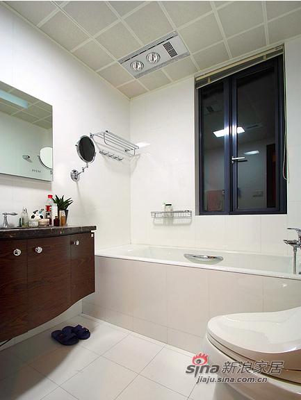 现代 三居 卫生间图片来自装修微日记在【高清】8万打造105平现代雅致之家76的分享