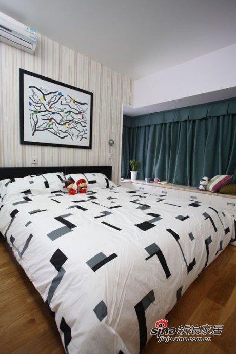 简约 三居 卧室图片来自用户2556216825在5.9万打造108平现代风格时尚简约三居49的分享