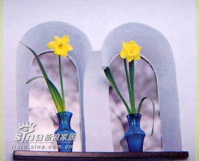 摆上这样一对花器,再配上适合的干或者鲜花,立刻就会让你的居室在镜头上看起来大不同