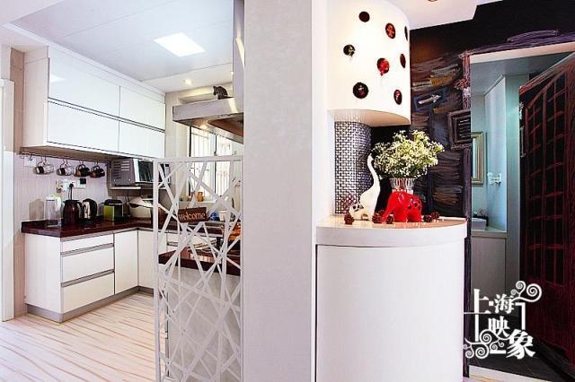 简约 一居 厨房图片来自上海映象设计-无锡站在【高清】半包5万打造68平一居蚂蚁之家80的分享