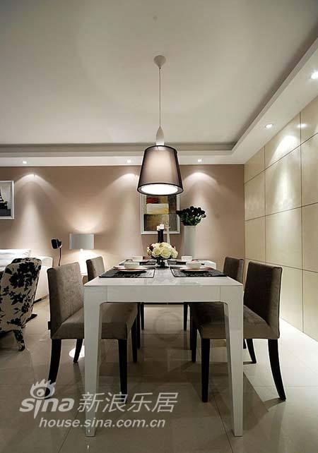 简约 三居 餐厅图片来自用户2738093703在135平清新素雅格调简约家37的分享