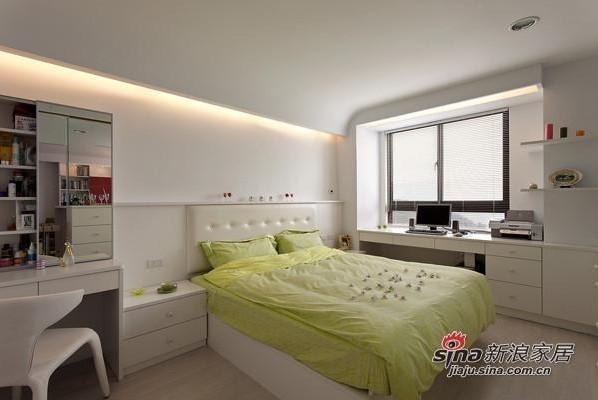 简约 二居 卧室图片来自用户2738845145在95平方素雅温馨简约系阳光美居19的分享