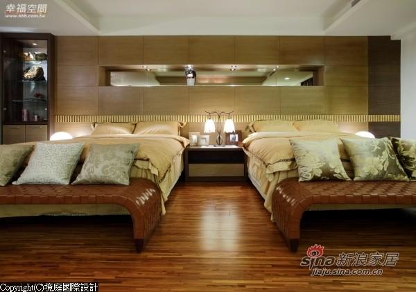 长辈房睡眠习惯为避免干扰双方采两个单人床