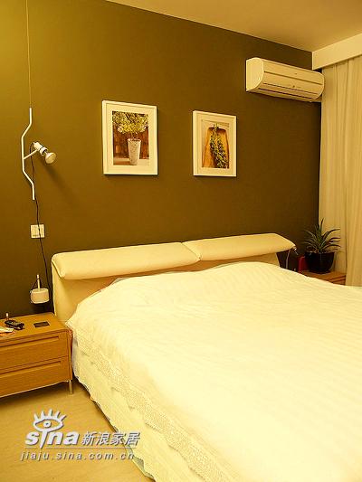 简约 二居 卧室图片来自用户2557979841在22万装77平精彩简约2居 附实景图和装修清单(3)84的分享
