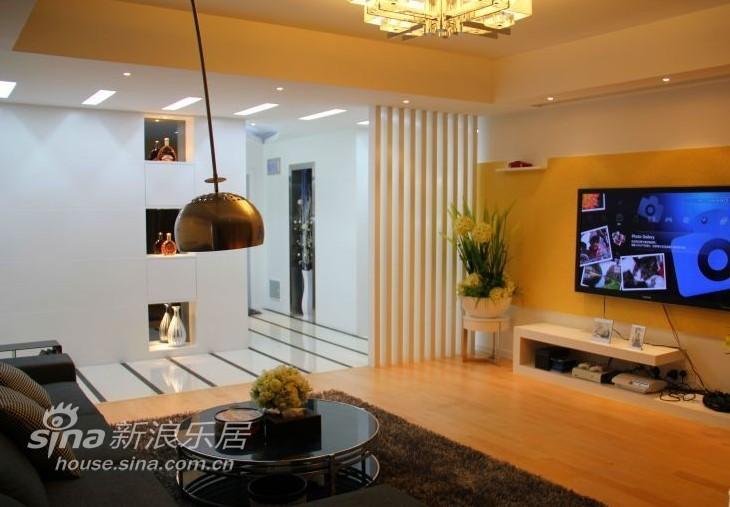 简约 二居 客厅图片来自用户2557010253在汽车之家 60万打造现代简约家24的分享