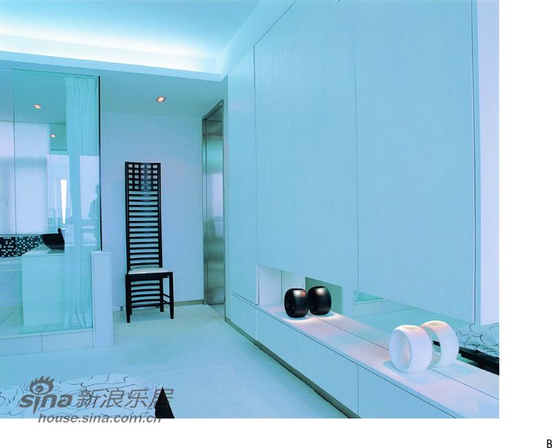简约 三居 卧室图片来自用户2737735823在经典黑白灰装修极品家55的分享