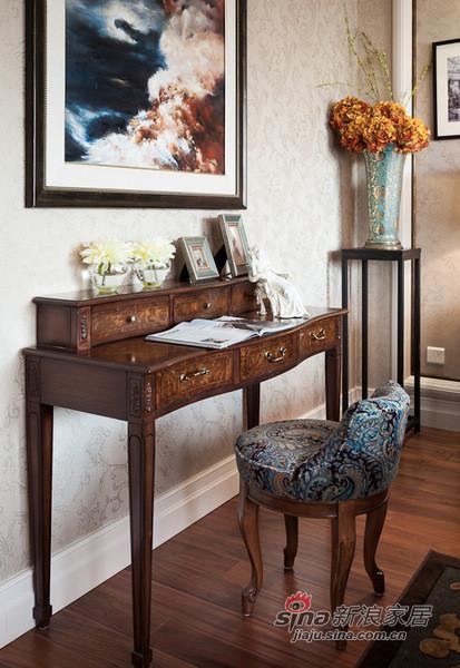 欧式 别墅 卧室图片来自用户2557013183在高富帅的另类欧式奢华风格14的分享