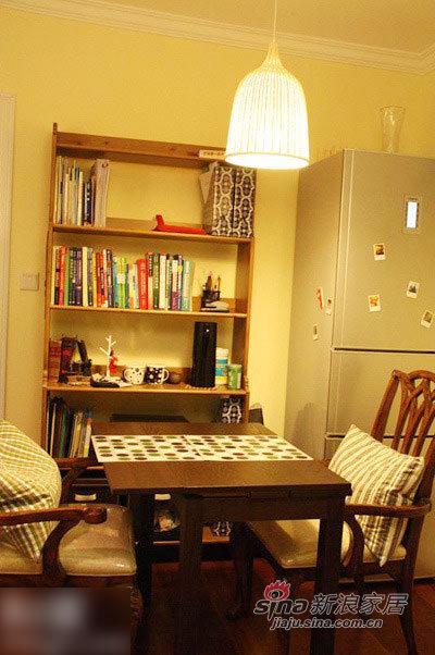 简约 二居 客厅图片来自用户2557979841在8万70平旧居改造温馨阳光房53的分享