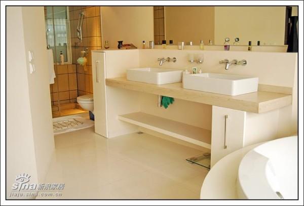 台盆架和淋浴房