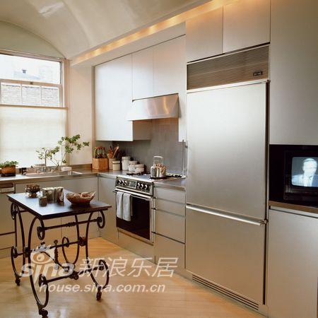简约 三居 厨房图片来自用户2557979841在黑白简约酷感家装99的分享