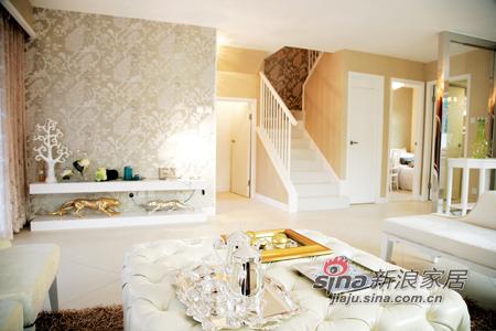 欧式 别墅 客厅图片来自用户2746889121在无彩空间 你是多么地动人97的分享