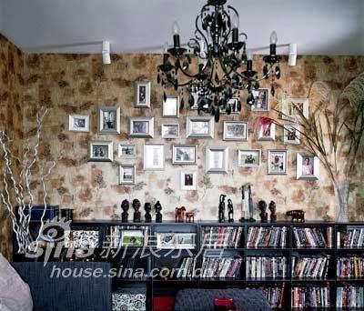 中式 二居 书房图片来自用户2737751153在大红配大绿31的分享