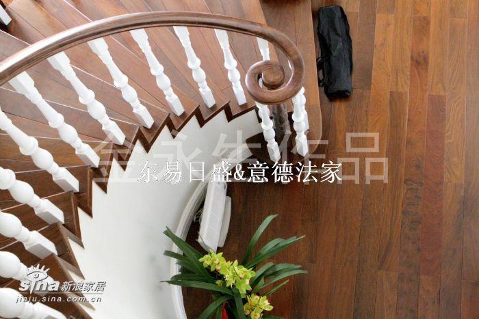 欧式 别墅 楼梯图片来自用户2557013183在壹仟栋(织瓦河谷)13的分享