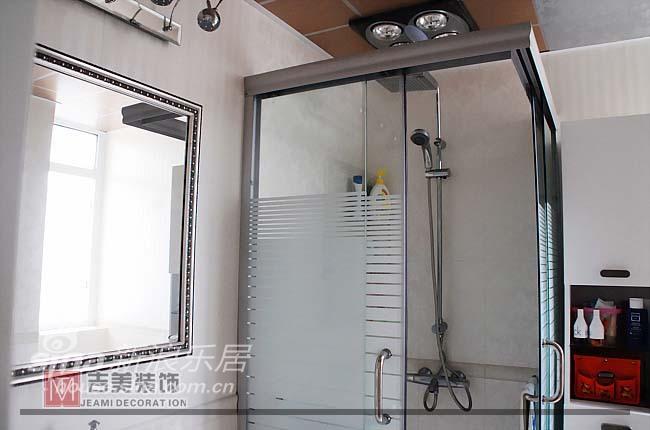 简约 一居 客厅图片来自用户2737735823在绿地临港家园24的分享