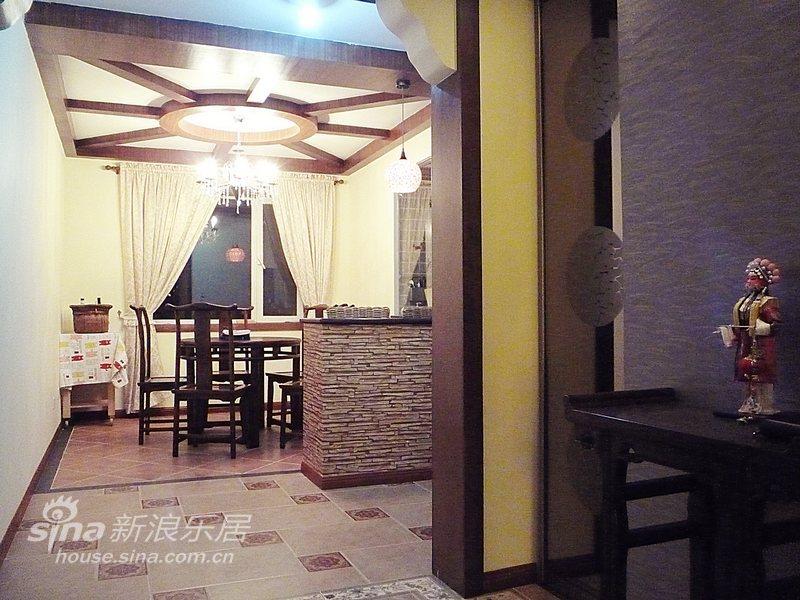 中式 三居 餐厅图片来自用户2737751153在朴素与张扬并存的新中式56的分享