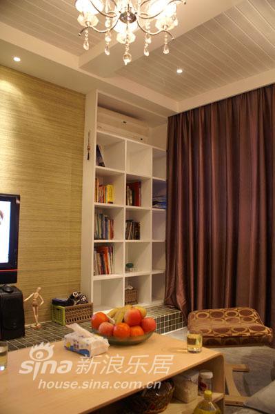 简约 二居 客厅图片来自用户2557979841在认真的生活 随心的装修94的分享