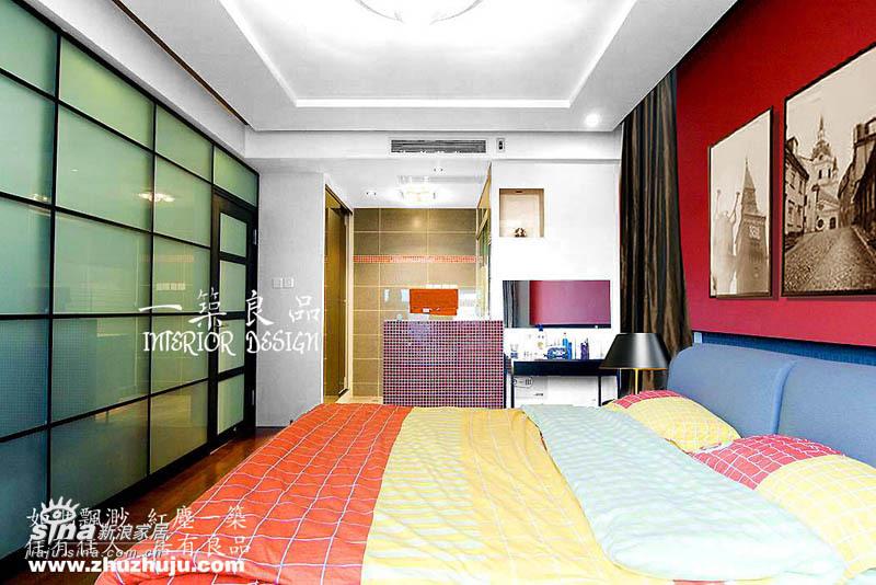 简约 一居 卧室图片来自用户2739378857在37平米小空间大魔术35的分享