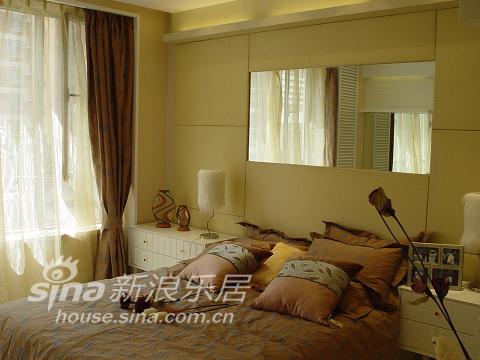 中式 三居 卧室图片来自用户2740483635在不纯粹 很时尚45的分享
