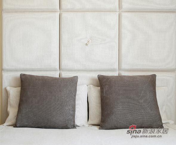 欧式 别墅 卧室图片来自用户2772856065在70年代风格的Ada别墅设计72的分享