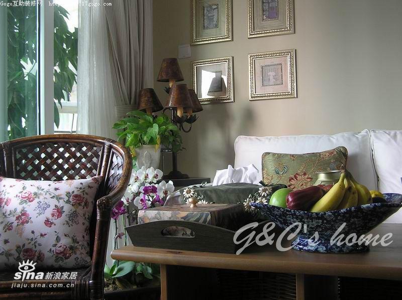 欧式 三居 客厅图片来自用户2745758987在美丽的杂货铺13的分享